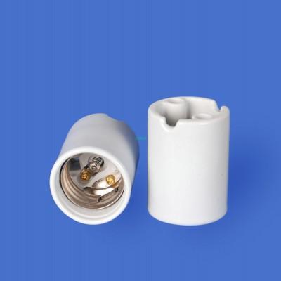 E39 F547-2A Porcelain lampholder