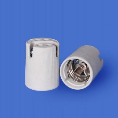 E40 531-3 Porcelain lampholder—