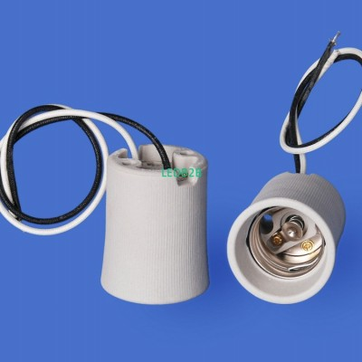 E40 110N-5 Porcelain lampholder—