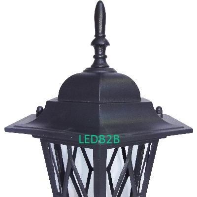 8133C      Lamp Head and Lamp Pol