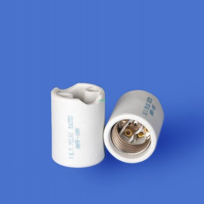 E26 F502T Porcelain lampholder—