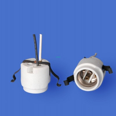 E26 F528 Porcelain lampholder——