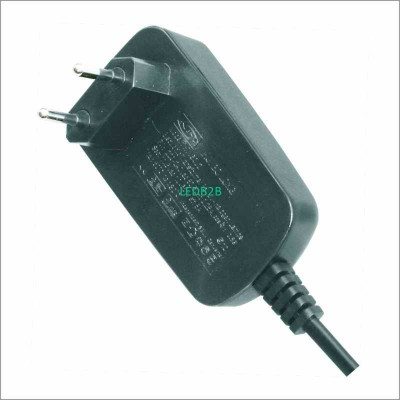 HLV7015RG  9W,700mA GS-Plug Const