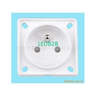 Plug/Socket   NC-P04