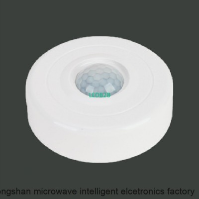 Surface PIR-Sensor Switch